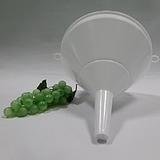 Műanyag tölcsér 22 MT22